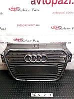 RC0523 8X0853651  решетка радиатора VAG Audi A1 11-14 невелика тріщина на хромі www.avtopazl.com.ua