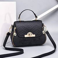 Черная женская сумка с вышивкой. Модная женская сумочка вышивка цветы.