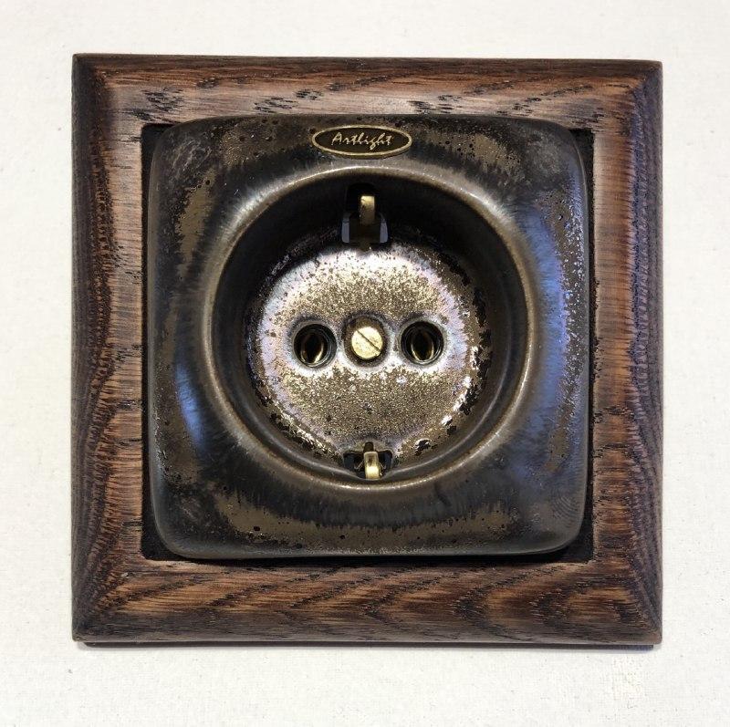 Ретро розетка фарфоровая Artlight скрытого монтажа с заземлением, Бронза, серия Effect