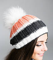 Модная вязанная шапка с помпоном из натурального меха зимняя