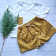Женская пижама из трикотажной футболки и шортов с цветочным принтом, фото 1