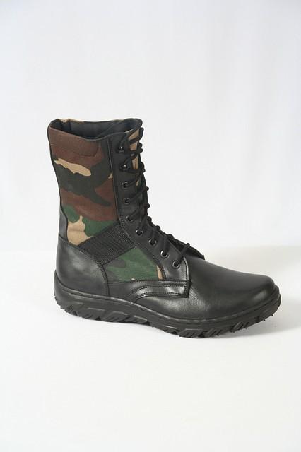 """Полевые ботинки с высокой берцей  камуфляж """"Лес"""""""