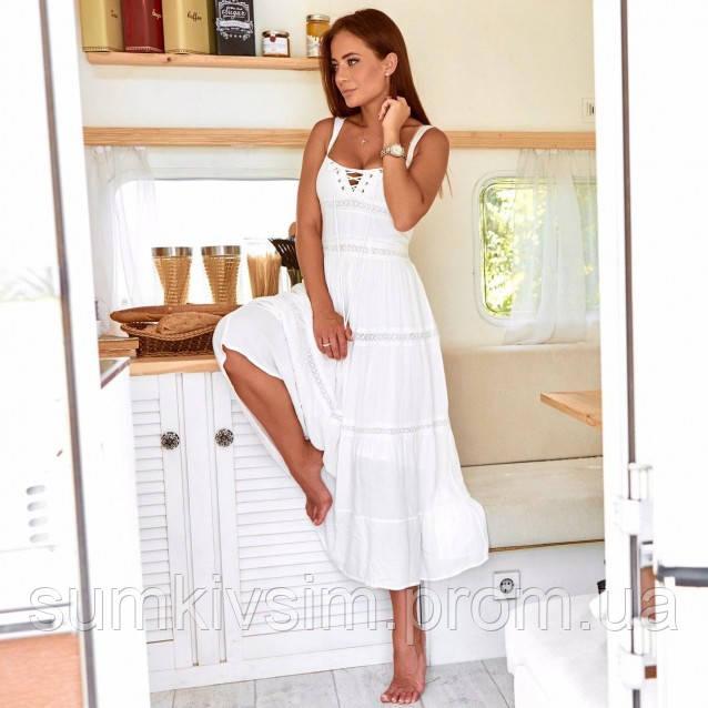 Женское платье со шнуровкой