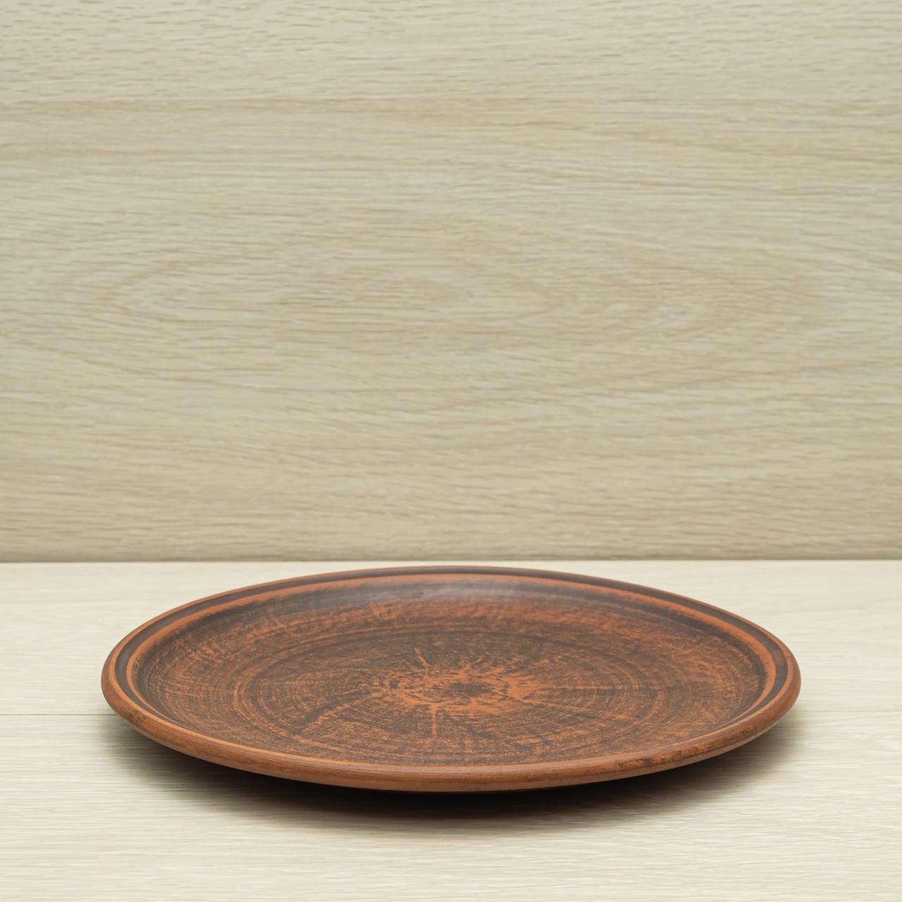 Тарелка средняя из красной глины, диаметр 22см