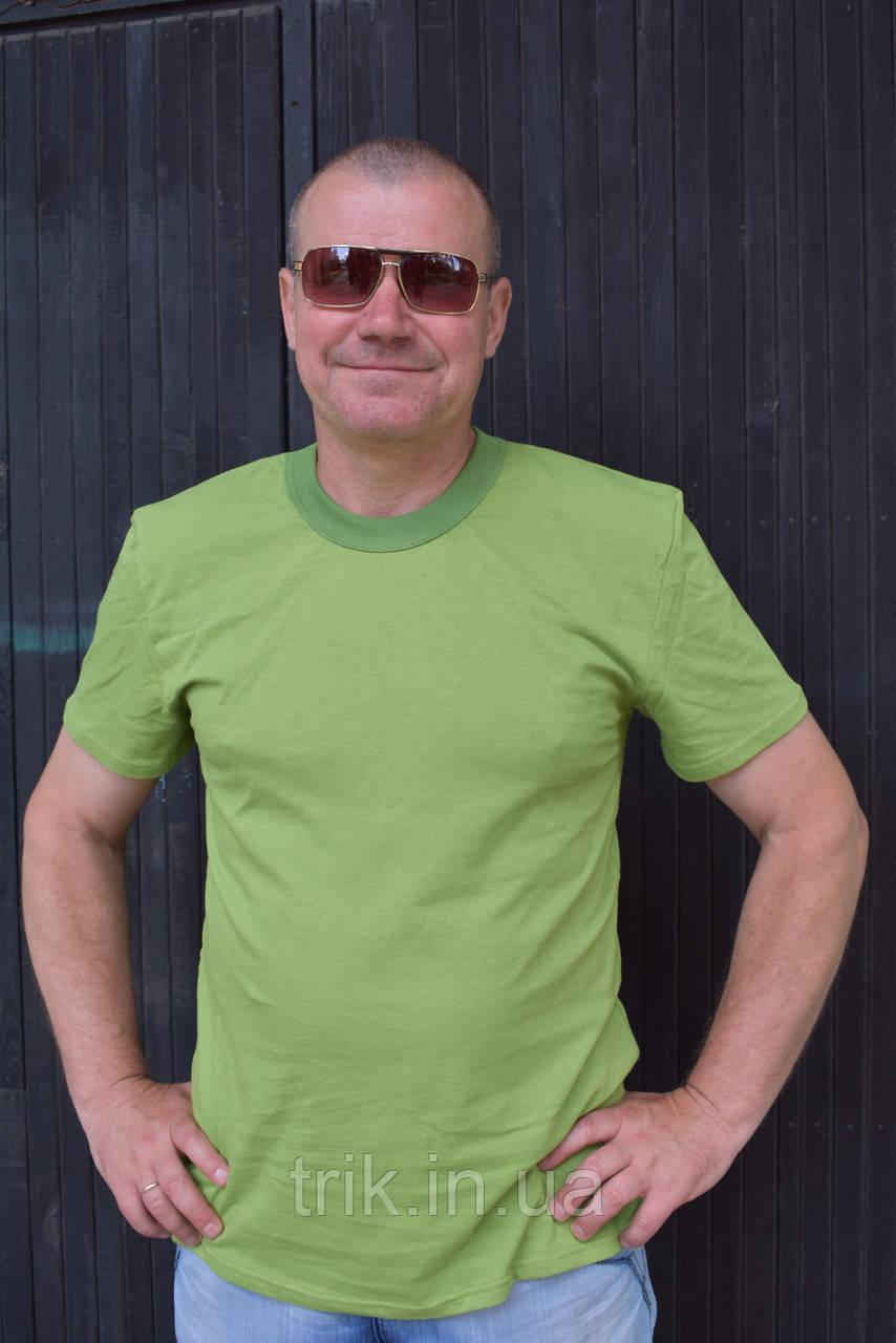Мужская футболка оливкового цвета