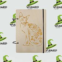 Деревянный блокнот А6 Кошка с цветами (светлое дерево), фото 1
