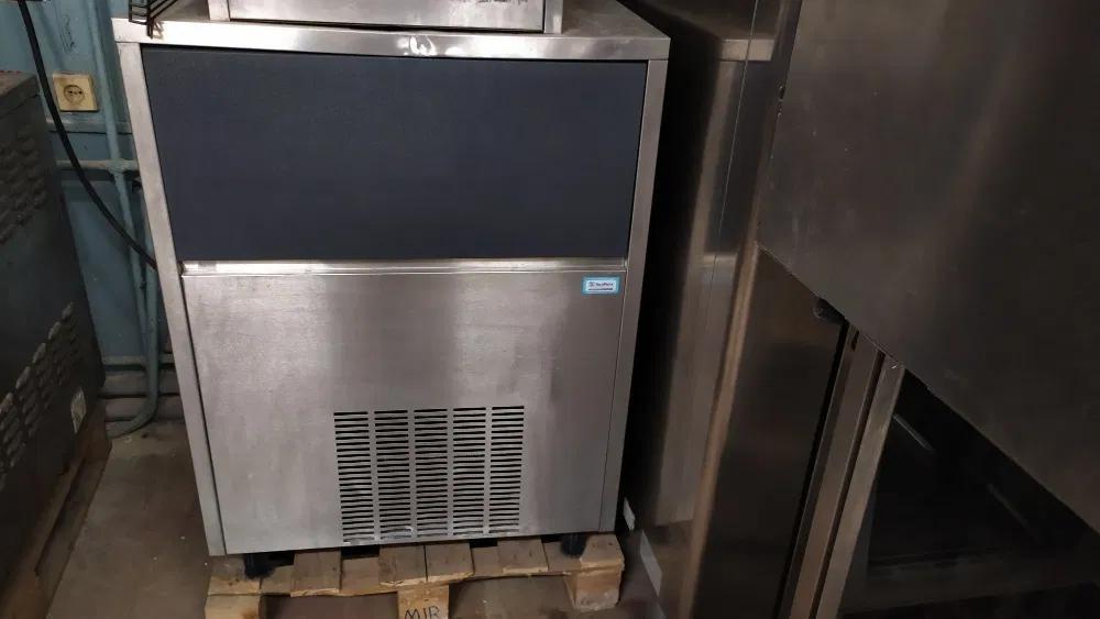 Льдогенератор Brema CB955 (Италия)  в прекрасном состоянии!