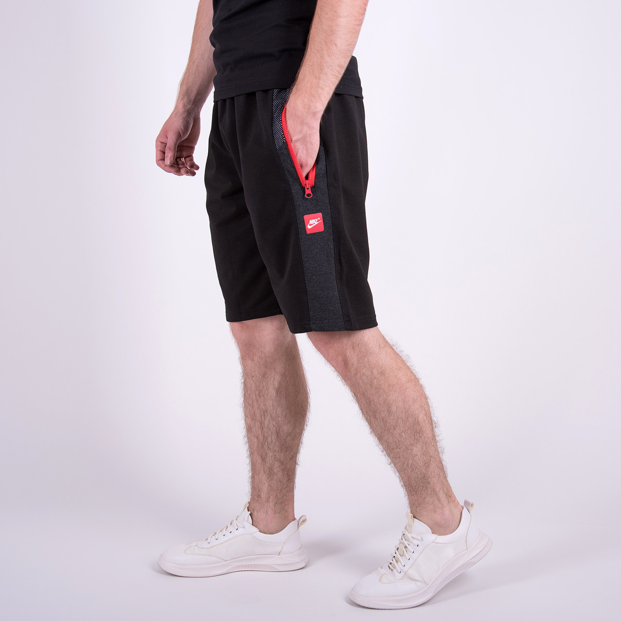 Чоловічі трикотажні шорти Nike, чорного кольору.