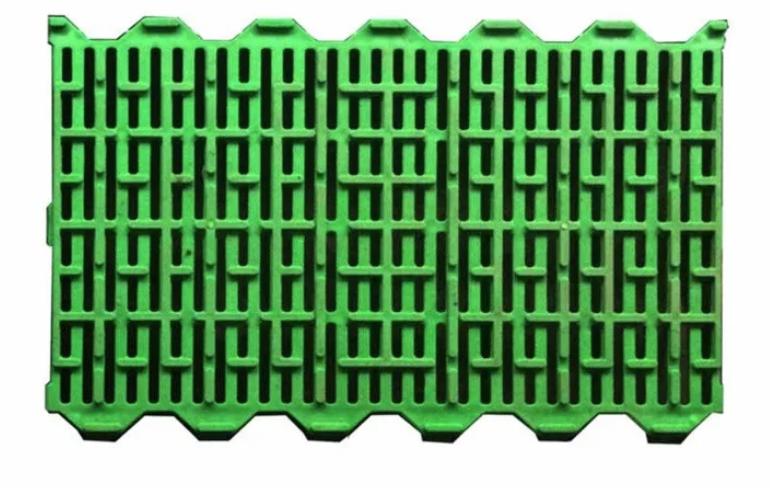 Пластиковые решетки для свиней 600х400 мм