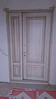 Дверь входная из массива ясеня с патиной