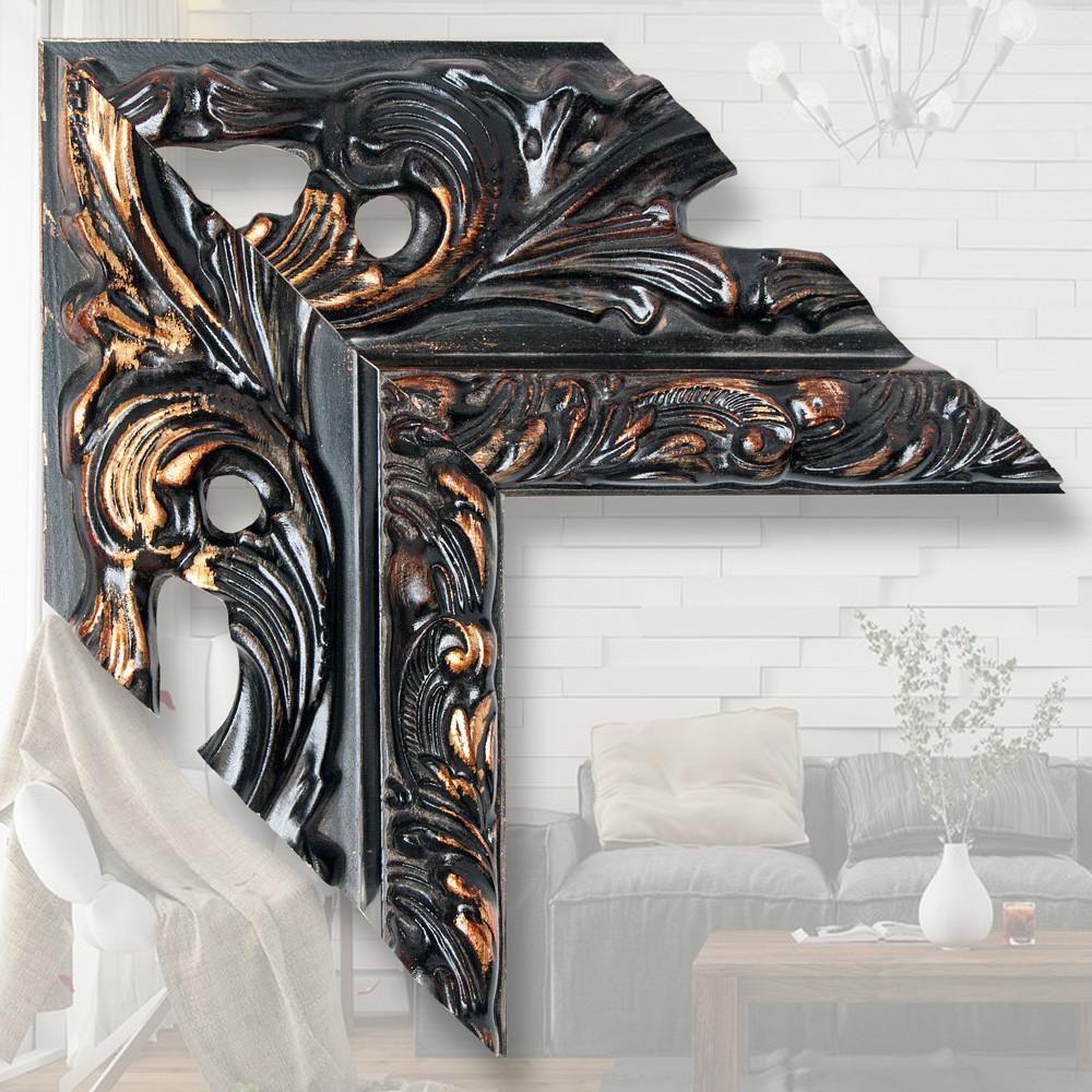 Зеркало в широкой деревянной раме 146мм