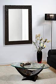 Зеркало настенное в черной раме