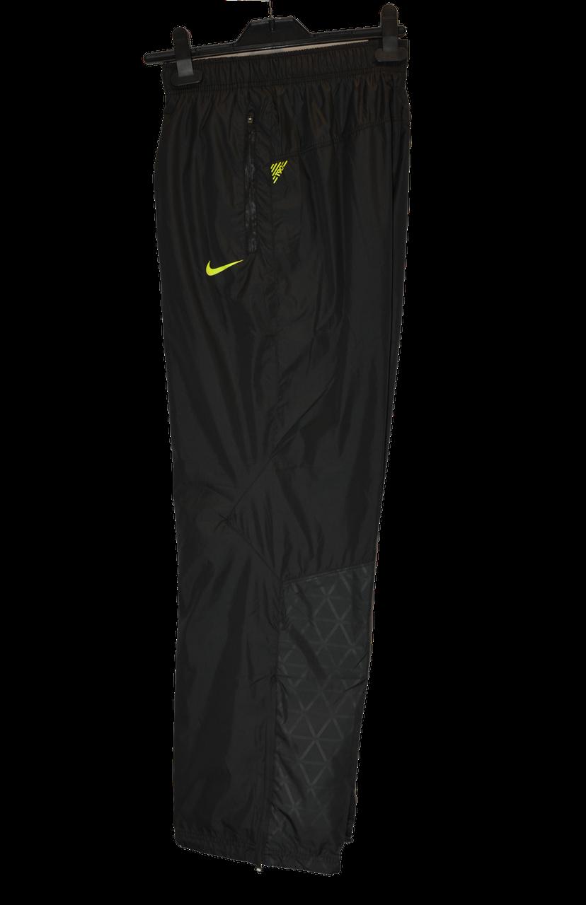 Мужские черные спортивные штаны Nike Storm Fit T90