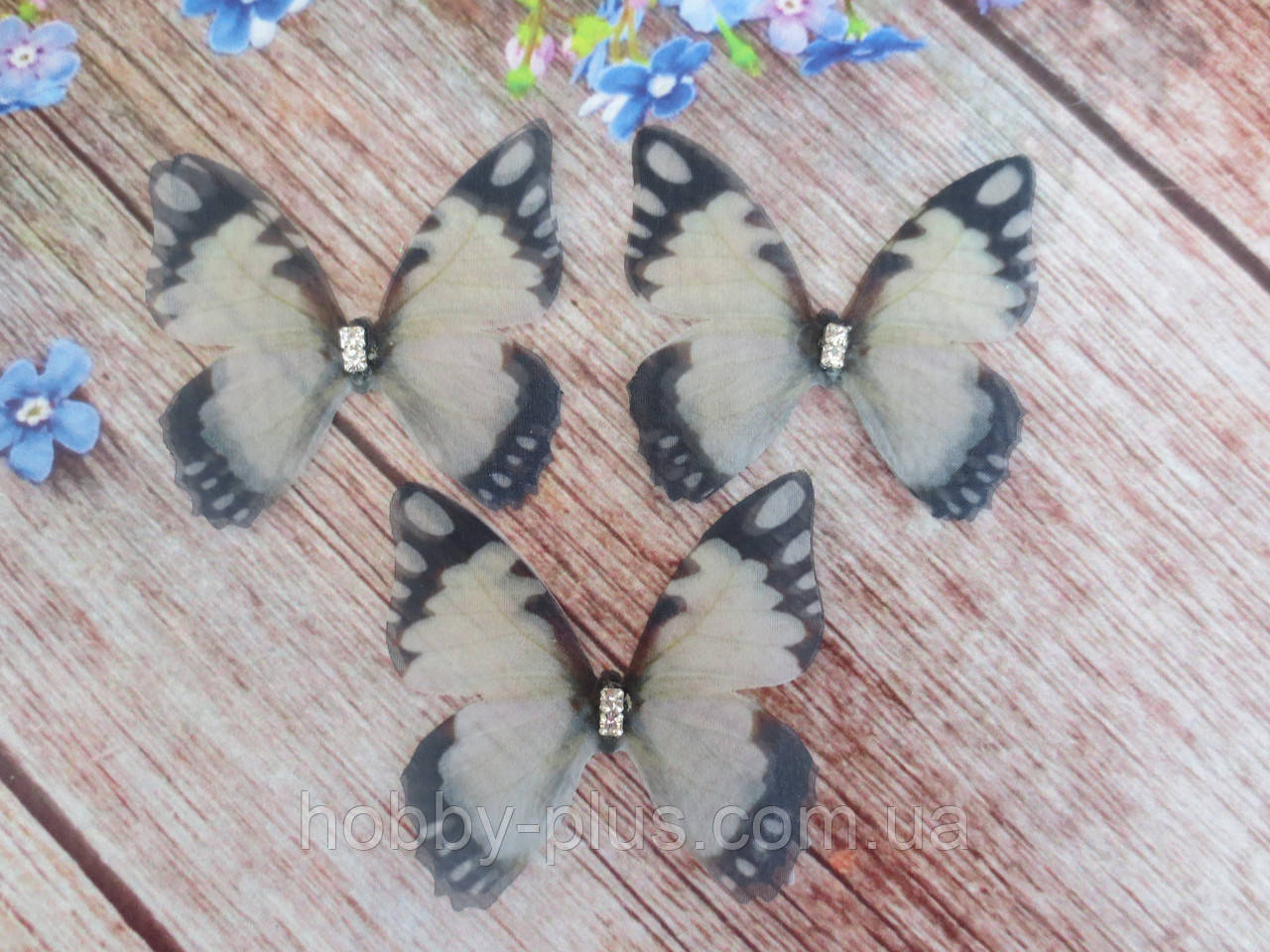 "Аппликация, ""Бабочка шифоновая"", двухслойная, цвет на фото, 47х42 мм, 1 шт."