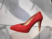 Стильные Красные женские замшевые туфли,