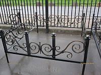 Шикарная кованая оградка