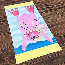 Детское пляжное махровое полотенце для девочки, покрывало, подстилка коврик с рисунком розовый кролик