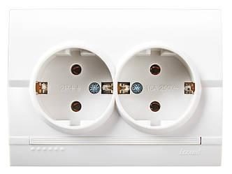 Розетка подвійна з заземленням ТМ LEZARD серії Dery білий