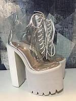 Новые ботинки  с толстым супер высоким каблуком 18 см