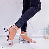 Босоножки женские серые эко кожа на каблуке 4 см, фото 3
