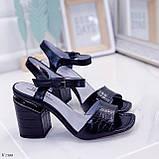 Босоножки женские черные - питон на каблуке 8,5 см эко- кожа, фото 2