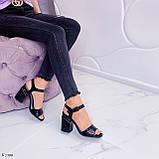 Босоножки женские черные - питон на каблуке 8,5 см эко- кожа, фото 5