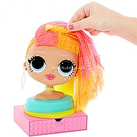 Кукла-манекен L.O.L Surprise! O.M.G. Леди Неон с аксессуарами (565963)