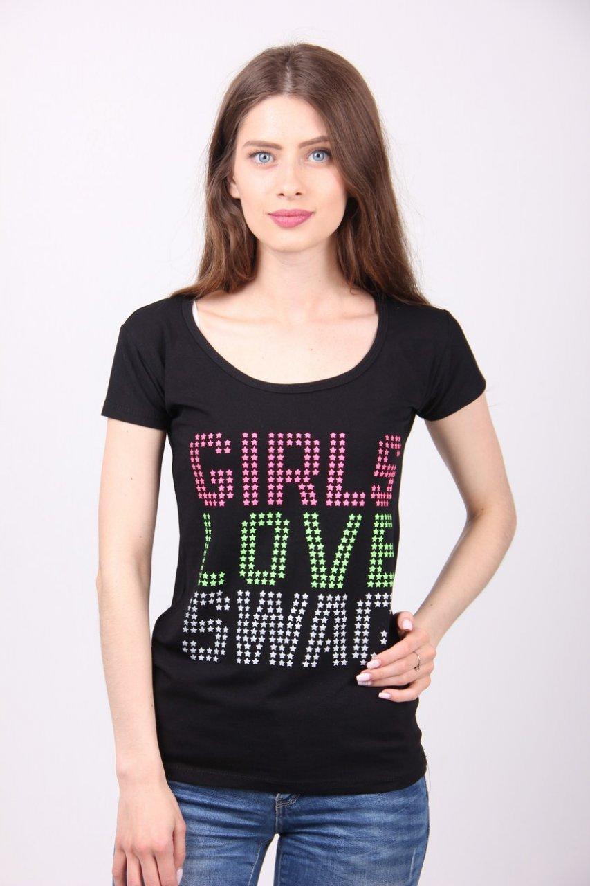 Стильная футболка с яркими надписями.разные цвета