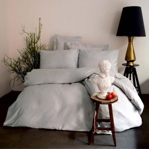 Постельный комплект полуторный серый Simply сатин Hermanus Home