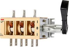 Вимикачі-роз'єм єднувач e.VR32.P100 перекидний 100А (31В71250)