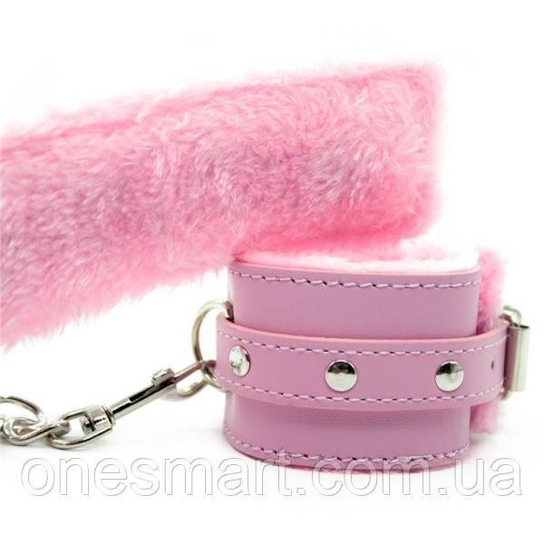 Гламурные наручники с мехом розового цвета