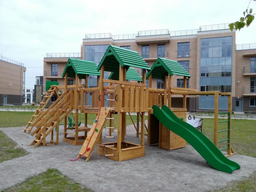Дворовая детская площадка