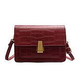 Женская классическая сумочка кросс-боди на ремешке через плечо рептилия крокодил питон красная, фото 10