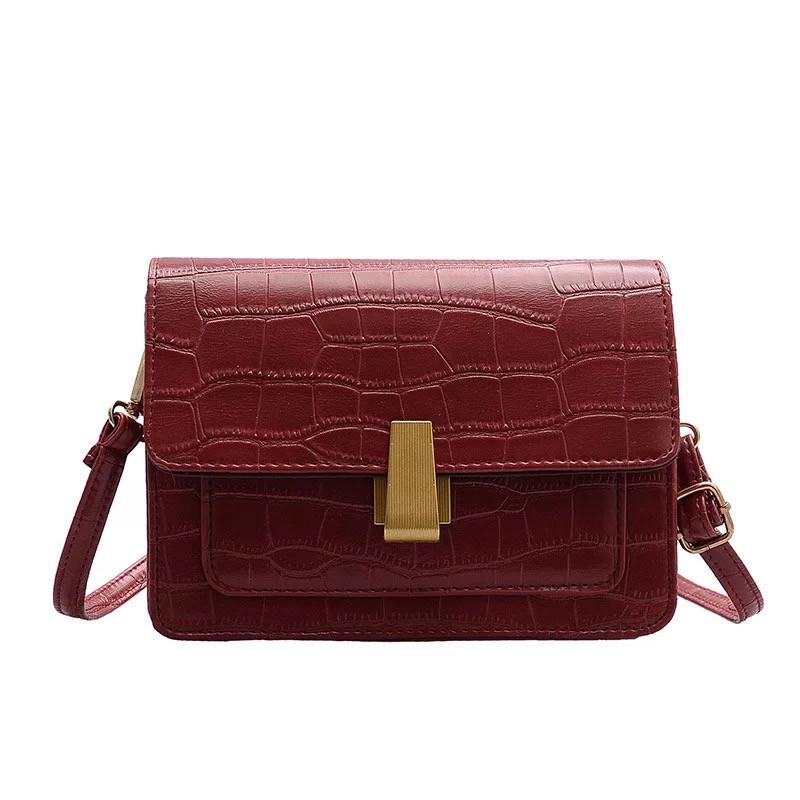 """Женская классическая сумка на ремешке """"Крокодил"""" через плечо 005 7445 красная"""