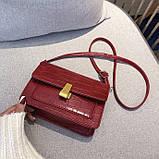 Женская классическая сумочка кросс-боди на ремешке через плечо рептилия крокодил питон красная, фото 4