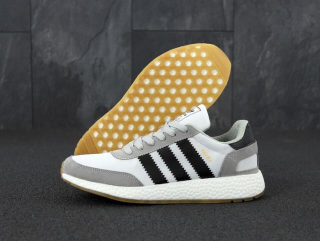 Кроссовки Adidas Iniki Runner Boost Light Grey фото