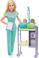 Кукла Барби Педиатр с двумя младенцами Barbie Baby Doctor Playset