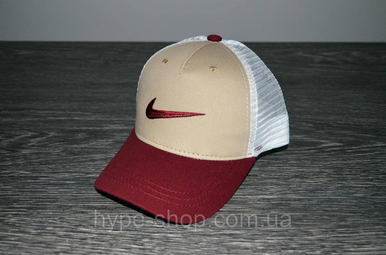Кепка в стиле Nike