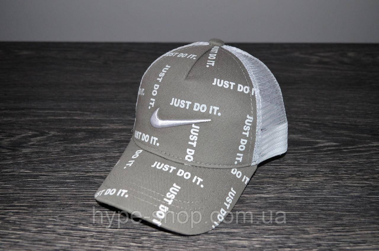 Серая Кепка Nike реплика
