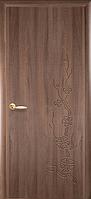 Двери межкомнатные Новый Стиль Колори Сакура Глухие 70 ПВХ Delux Золотая Ольха
