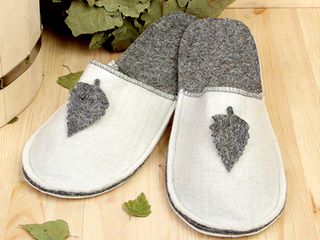 Коврики, рукавицы и обувь для бани и сауны
