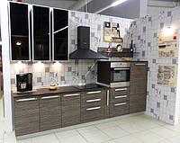 Кухня с шпонированными фасадами на заказ