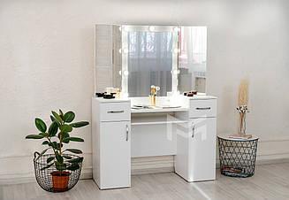 Туалетный стол, трюмо с подсветкой М623 с тремя зеркалами