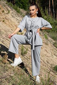 Летний женский костюм с кюлотами в спортивном стиле