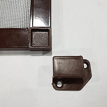 Наружная антимоскитная сетка на окна (на карманах) Коричневая