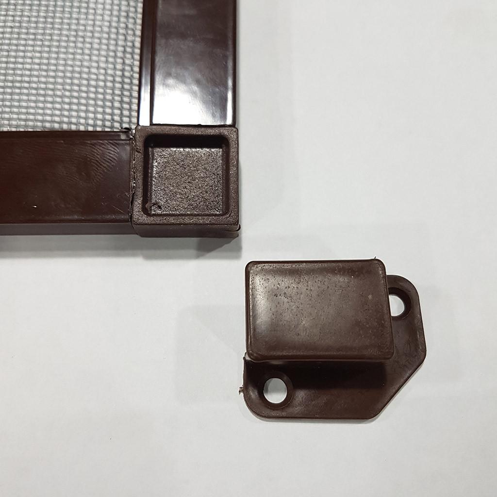 Зовнішня антимоскітна сітка на вікна (на кишенях) Коричнева