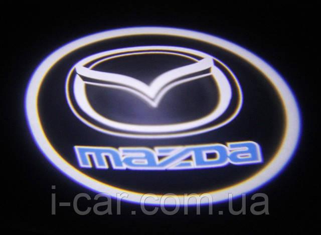 Проекція логотипу автомобіля MAZDA