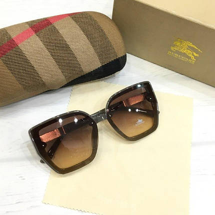 Женские солнцезащитные очки Burberry реплика коричневые, фото 2