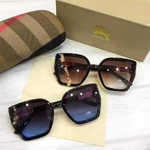 Женские солнцезащитные очки Burberry реплика коричневые