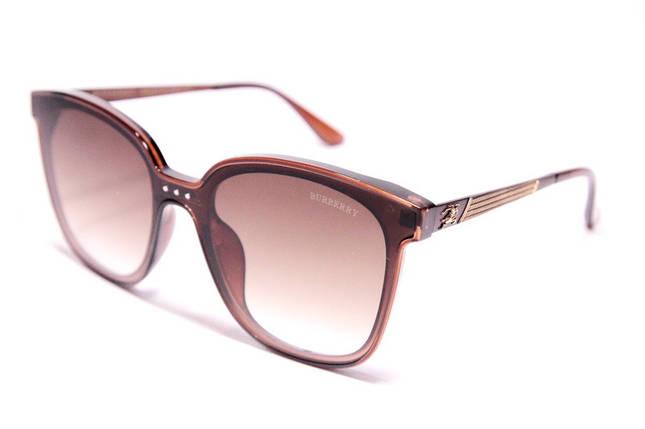 Солнцезащитные овальные женские очки Burberry 9106 C2 реплика Коричневые с градиентом, фото 2